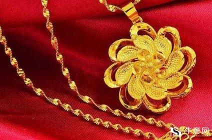 佩戴老庙黄金首饰后为何有暗亮之分