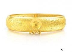 金店回收黄金吗,手镯什么款式保值性好?