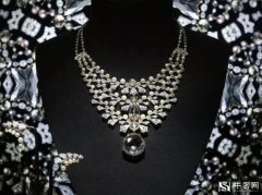 钻石回收公司哪家好,四爪钻戒有哪些特点?
