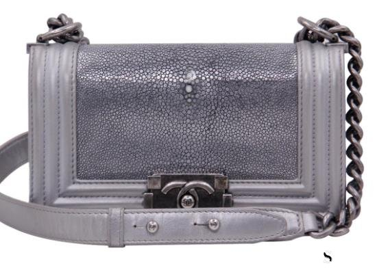 相关推荐:香奈儿包包回收几折,Chanel有哪些梦幻包包?